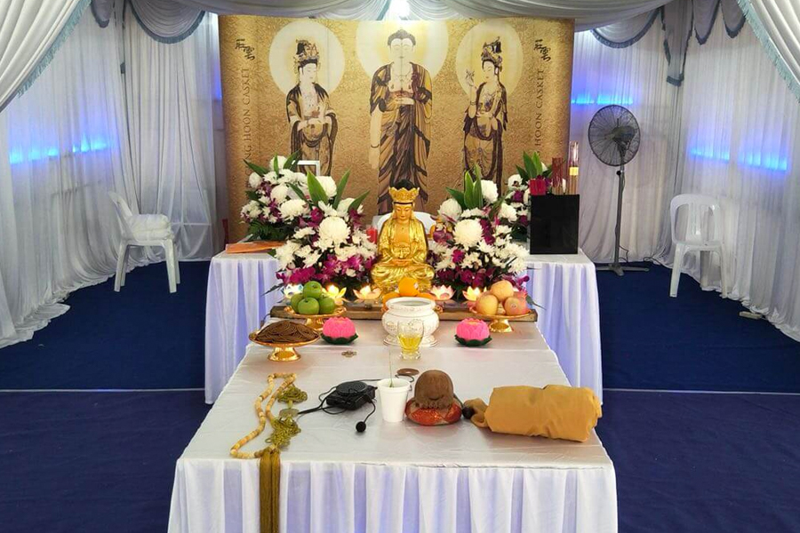traditional buddhist funeral